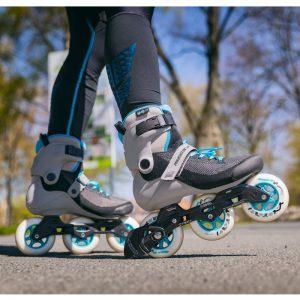 Как тормозить на роликовых коньках?